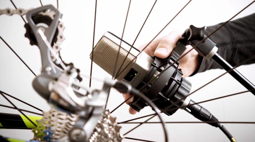 johnnyrandom-bespoken-bike-symphony-alternopolis02