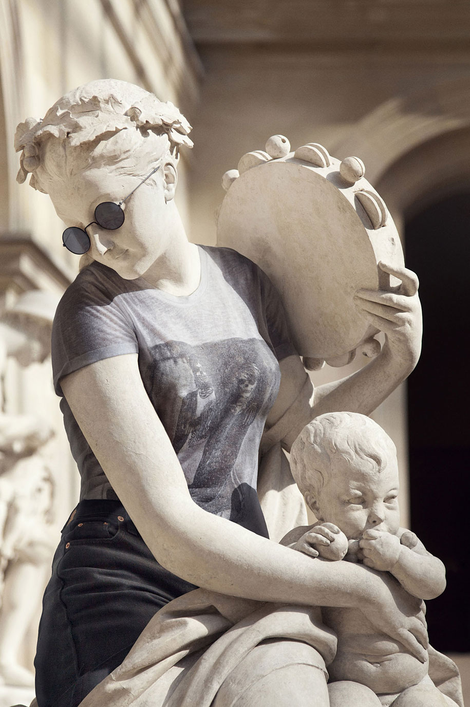 Esculturas vestidas Alternopolis (7)