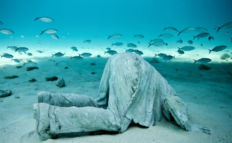Jason-deCaires-Taylor_underwater- alternopolis (11)