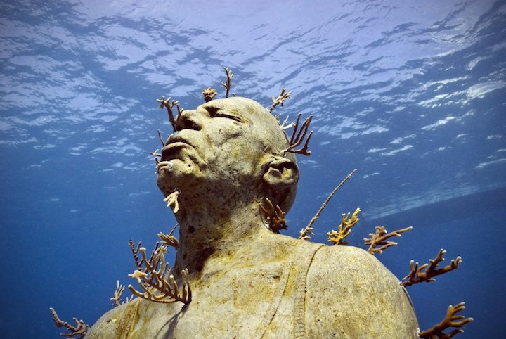 Jason-deCaires-Taylor_underwater- alternopolis (2)