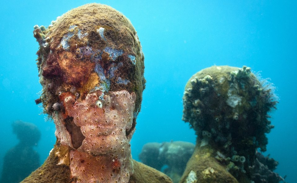 Jason-deCaires-Taylor_underwater- alternopolis (6)