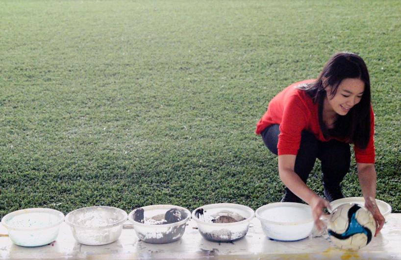 red-hong-yi-paints-ronaldo-neymar-messi-soccer-ball-alternopolis-04 (7)