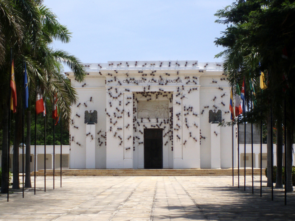 Casa-Tomada-by-Rafael-Gomez-Barros-photo-by-Juan-Carlos-Herrera-alternopolis (3)