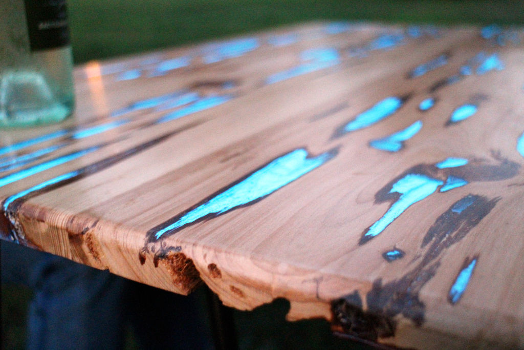 Glow Table Alternopolis (3)