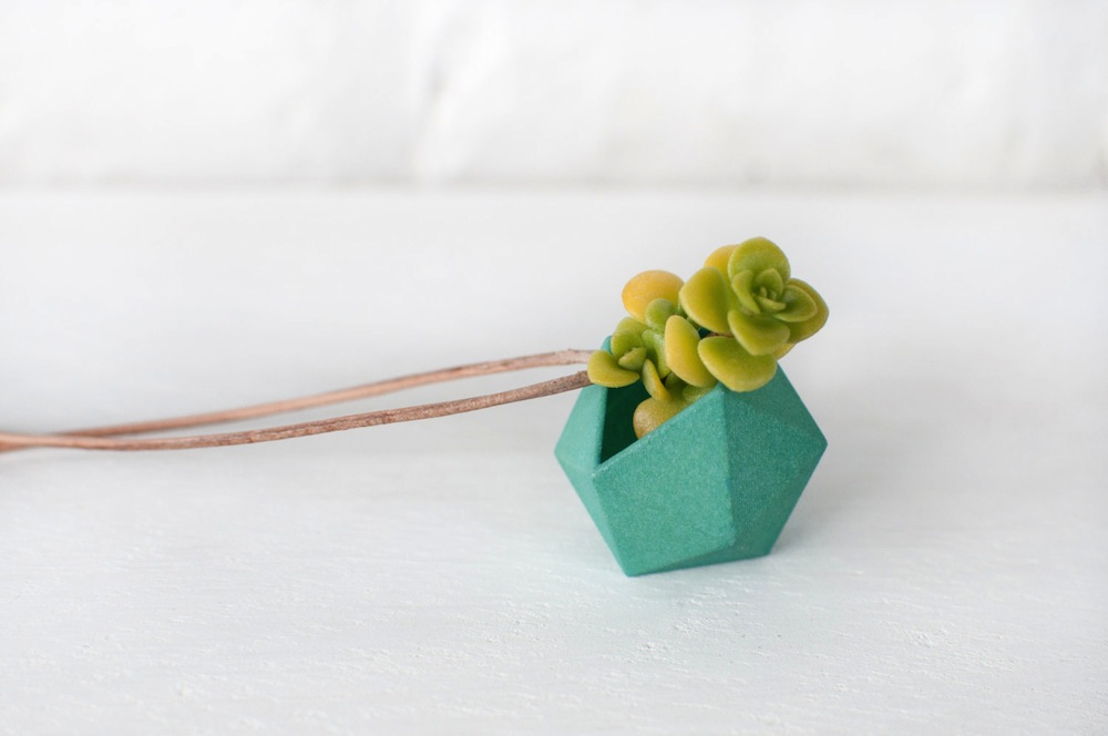 Wearable Planter Alternopolis (2)