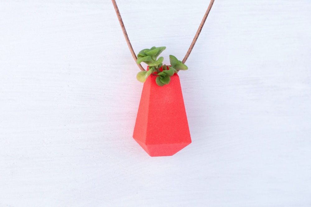 Wearable Planter Alternopolis (5)