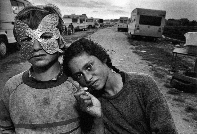 Gypsy-Camp-Barcelona-Spain-1987-640x437