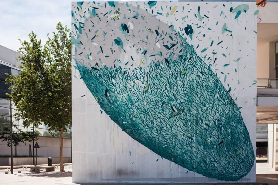 Amazing-Street-Art-by-Tellas-3-900x600