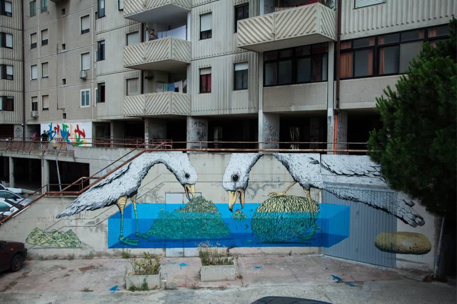 Amazing-Street-Art-by-Tellas-6-900x600