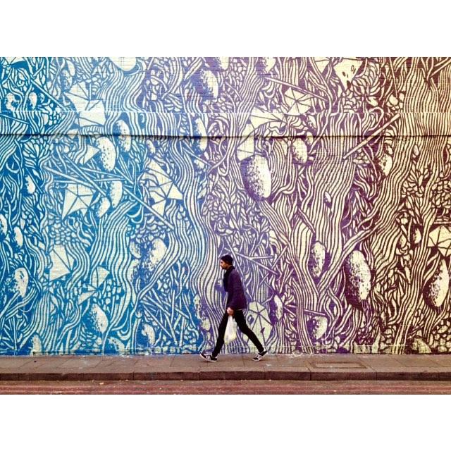 Amazing-Street-Art-by-Tellas-7