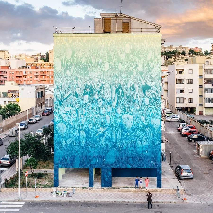 Amazing-Street-Art-by-Tellas-8-900x900