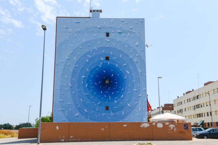 Amazing-Street-Art-by-Tellas-9