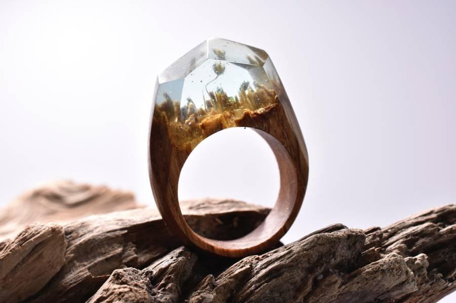 ringssecret-3-900x599