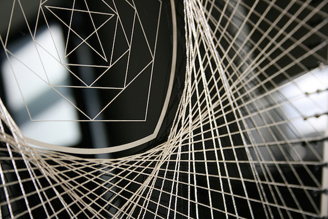 Visual-Sculptures-Made-With-Thread-26