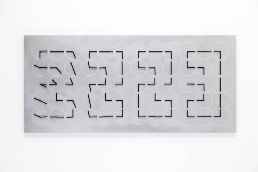 clocksinstallation-3-900x600
