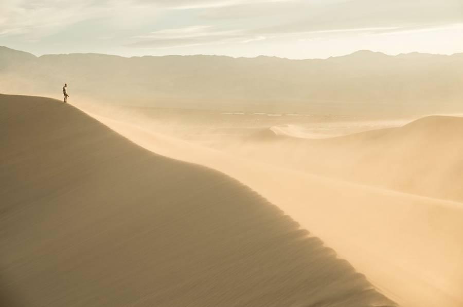 dunesdeathvalley1-900x598