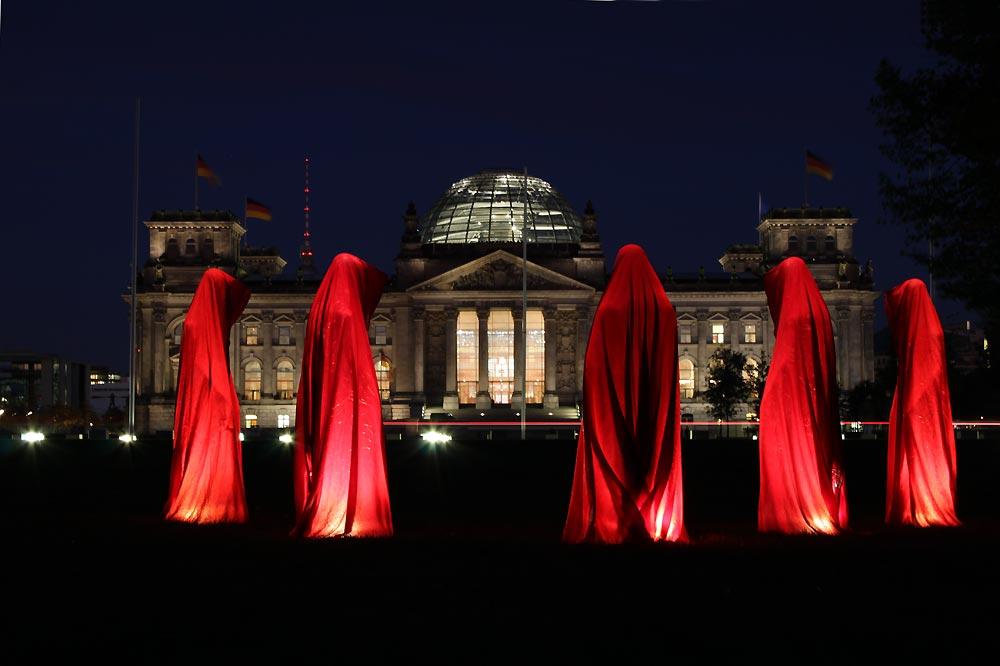 reichstag-deutschland-festival-of-lights-timeguards-manfred-kielnhofer