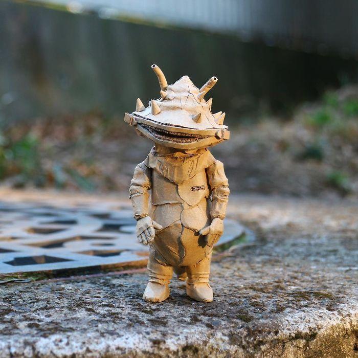 amazon-cardboard-box-artist-monami-ohno-japan-40-5900ad3bc5e2a__700