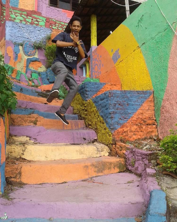 rainbow-colored-village-10