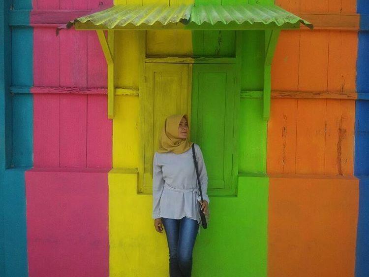 rainbow-colored-village-12