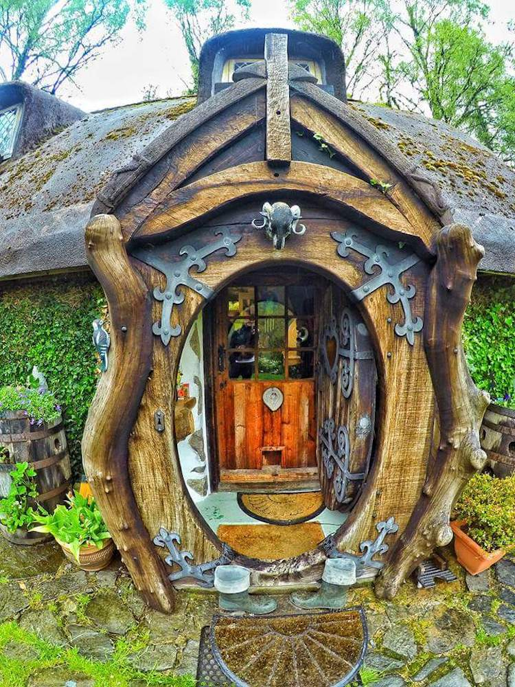 real-hobbit-house-19