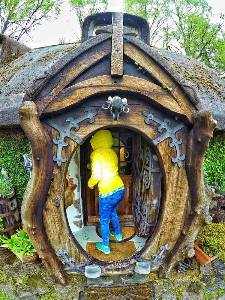 real-hobbit-house-3